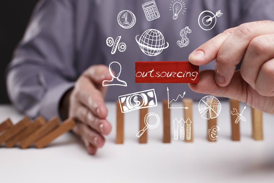 外注とアウトソーシング。それぞれに適した業務と業者選定のポイント_1